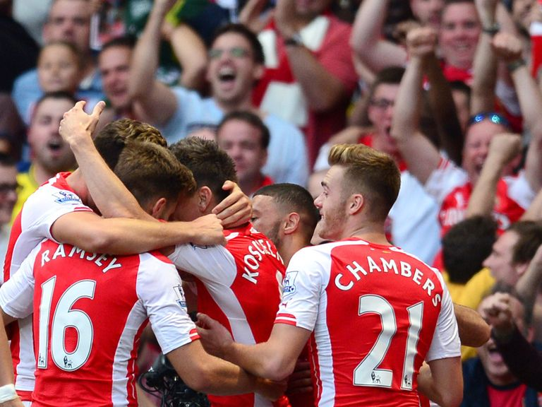 Arsenal celebrate their last-gasp victory over Crystal Palace