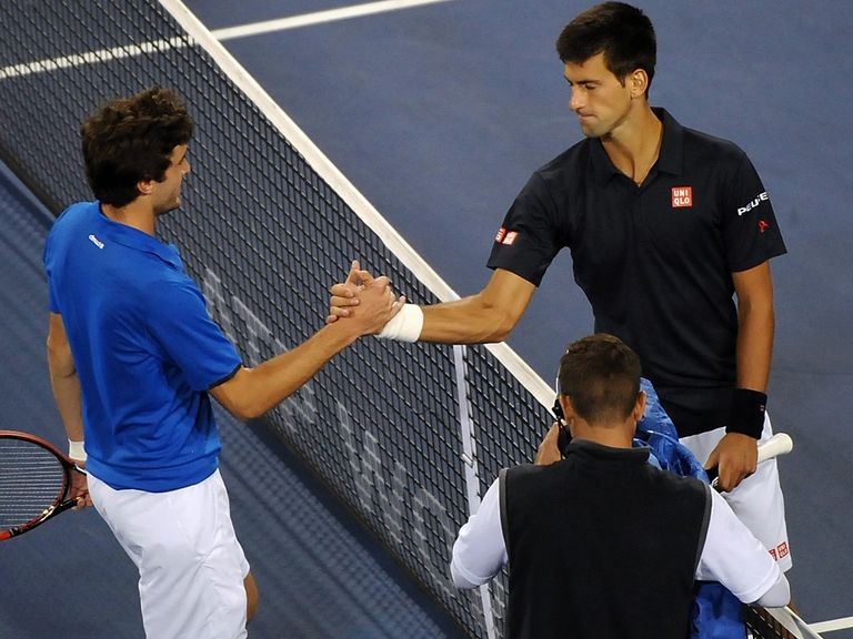 Gilles Simon was beaten by Novak Djokovic