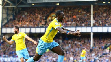 Yannick Bolasie: Neil Warnock determined to keep winger