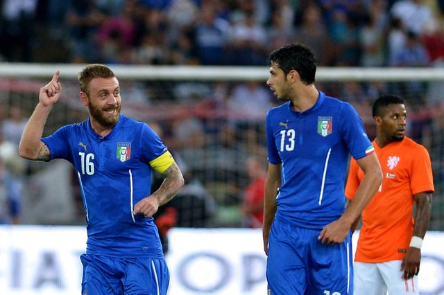 Daniele De Rossi: Celebrates penalty