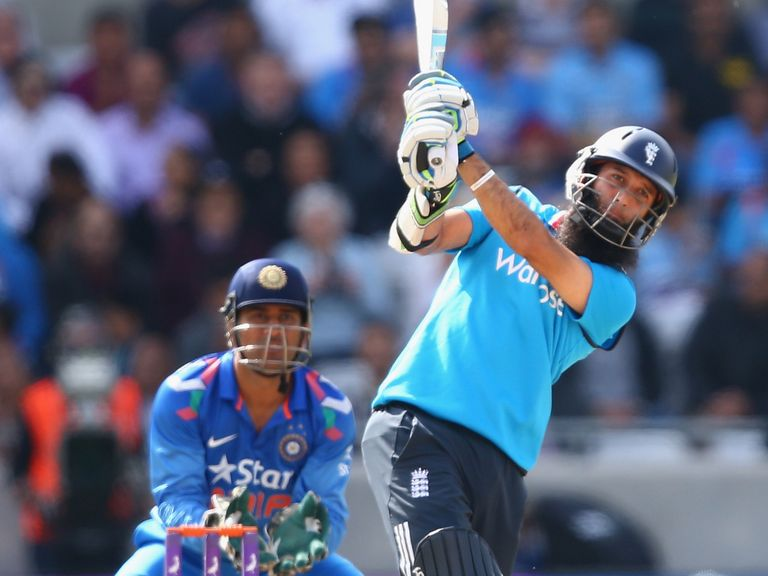 Moeen Ali: Fully behind skipper Alastair Cook