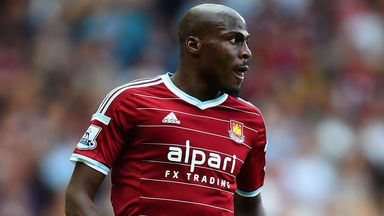 Former West Ham defender Guy Demel has joined Dundee United