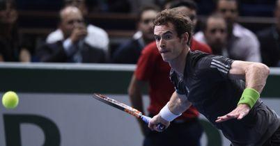 Djokovic too strong for Murray
