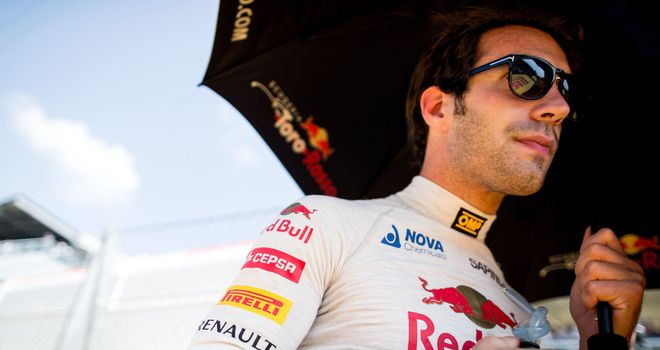 Vergne joins Ferrari