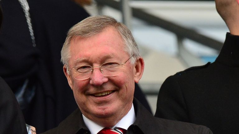 Sir Alex Ferguson has paid tribute to the people of Manchester