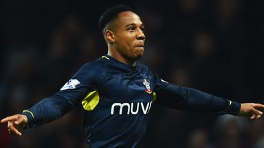Nathaniel Clyne: Contract negotiations still ongoing