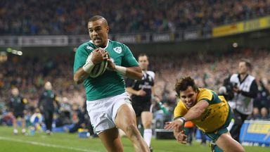 Simon Zebo of Ireland scores the first try