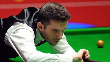 Mark Selby meets Shaun Murphy in the 2015 Masters