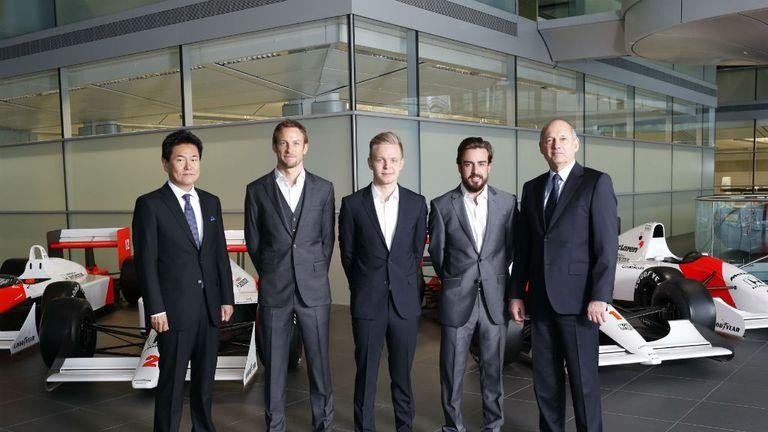 ¿Cuánto mide Jenson Button? - Real height Jenson-button-mclaren-kevin-magnussen-fernando-alonso-ron-dennis-honda_3239320