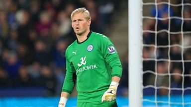 Kasper Schmeichel: Backs Nigel Pearson to keep Leicester up