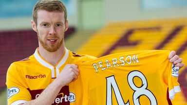 Stephen Pearson: New Motherwell deal