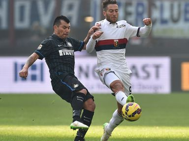 Andrea Bertolacci (R) has spent the last three seasons at Genoa as part of the co-ownership agreement