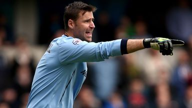 West Brom are hoping to secure the signing of goalkeeper David Marshall