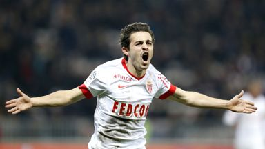 Portuguese midfielder Silva Bernardo celebrates after scoring  against Nice