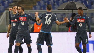 Manolo Gabbiadini celebrates with his teammates after goal at Lazio