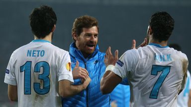 Zenit coach Andre Villas-Boas celebrates with his players.