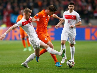Holland drew 1-1 at home to Turkey