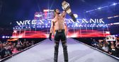 Seth Rollins tells us about WrestleMania - and Floyd Mayweather v Big Show!