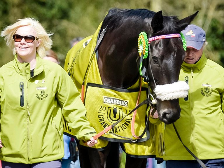 Many Clouds dies after beating Thistlecrack