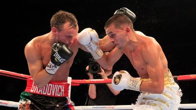 Lee Selby (R) beat Evgeny Gradovich to claim the IBF belt in his last bout