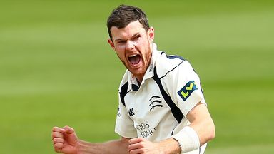 James Harris: Middlesex bowler signs new deal
