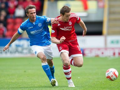 Chris Millar tries to keep up with Peter Pawlett