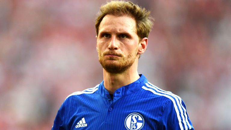 Inter are leading the chase for Schalke centre-back Benedikt Howedes