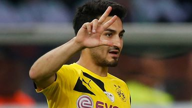 Ilkay Gundogan: Has signed a new deal with Borussia Dortmund