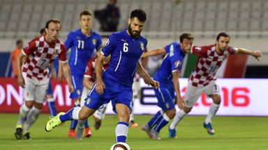 Antonio Candreva: Equalises for Italy from the penalty spot
