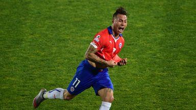 Eduardo Vargas: Double sends Chile into Copa America final