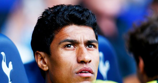 Paulinho to move from Barcelona to Guangzhou