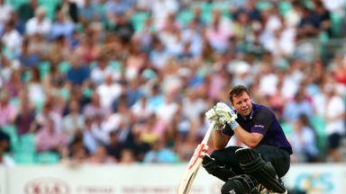Geraint Jones hit a quick-fire 87 for Gloucestershire