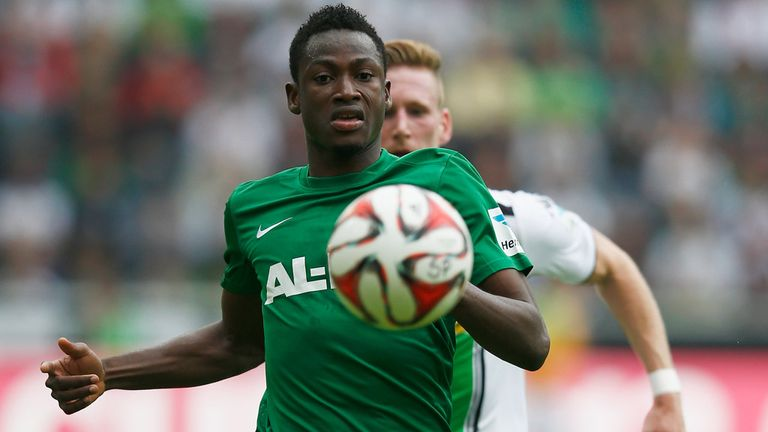 Baba Rahman poised to complete a move to Chelsea