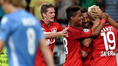 Bayer Leverkusen: reach Champions League group stage