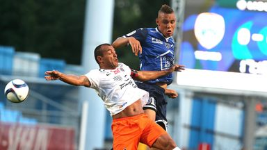 Troyes forward Perea Vargas (right) battles with Montpellier's Vitorino Hilton