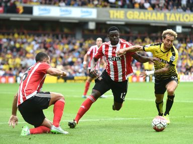 Southampton want Victor Wanyama (centre) to commit to the club until 2020