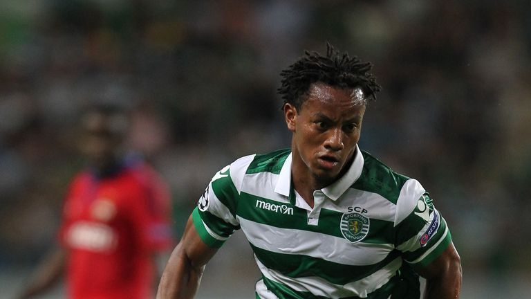 Andre Carrillo: Leicester City are in talks to buy the Sporting Lisbon winger.