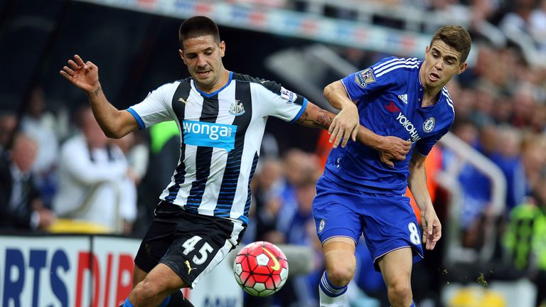 Chelsea tipped to continue their revival under Hiddink against Newcastle