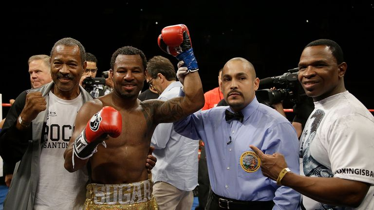 Shane Mosley (second left) is expecting to face Liam Smith in December