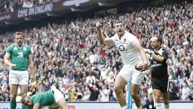 Jonny May celebrates after scoring the opening try