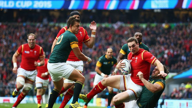 Graham Henry has criticised the playing style of former side Wales