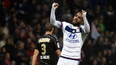 Alexandre Lacazette scored first goal from open play since April