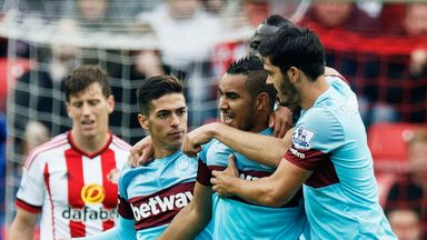 Dimitri Payet celebrates his second-half equaliser that earned West Ham a 2-2 draw at Sunderland