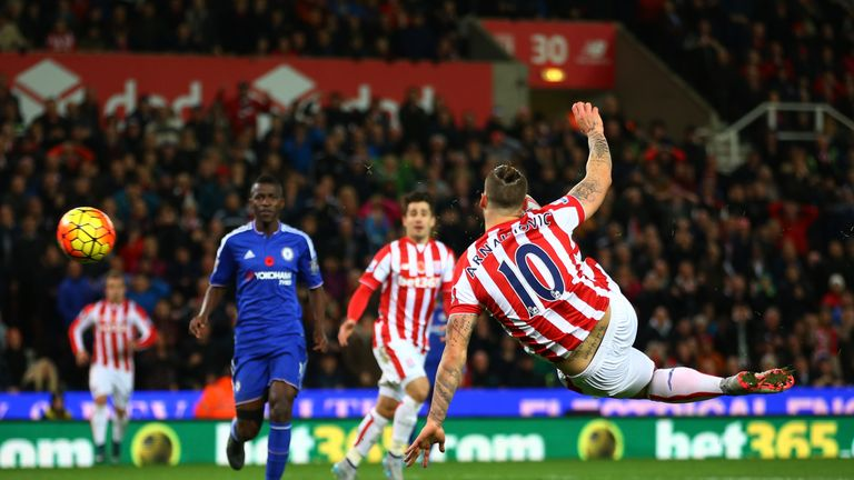 Marko Arnautovic scoring the winner for Stoke against Chelsea