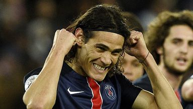 Edinson Cavani was taken off late in the game against Troyes