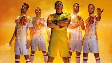 Iker Casillas and co model Spain's colourful away kit (Pic: @SeFutbol)