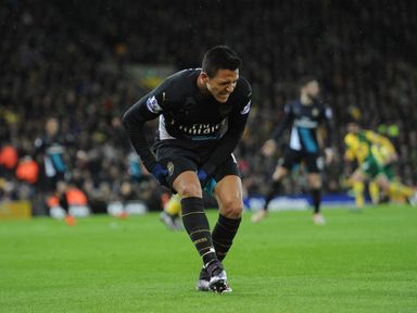 Alexis Sanchez injured his hamstring in Arsenal's 1-1 draw with Norwich