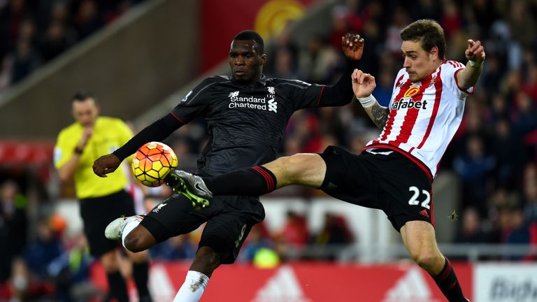 Merse has backed Liverpool to edge past Sunderland