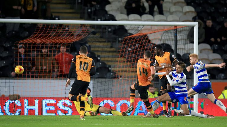 Steve Bruce's Hull beat Reading 2-1 in midweek