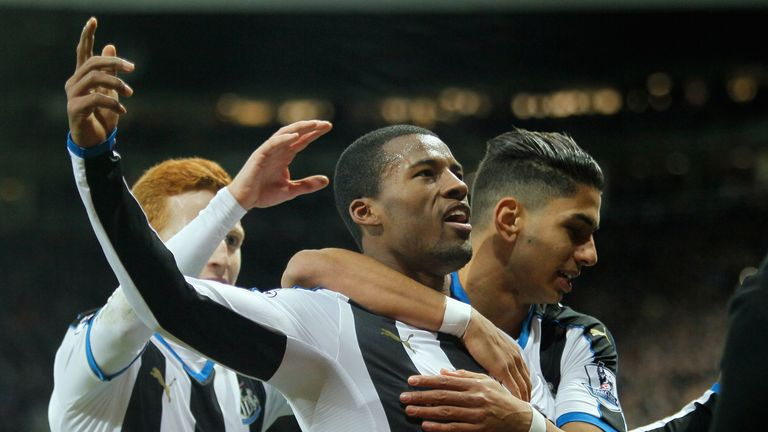 Georginio Wijnaldum celebrates scoring Newcastle's second goal against Liverpool